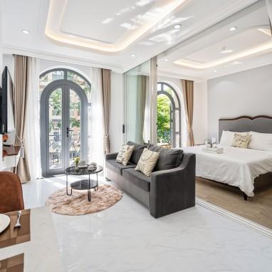 Phòng Premier Suite - Royal Homies - SECC, Phú Mỹ Hưng